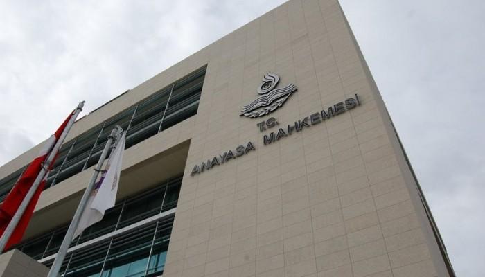 AYM, Öğretmen Ayşe Çelik'in ifade özgürlüğünün ihlal edildiğine karar verdi