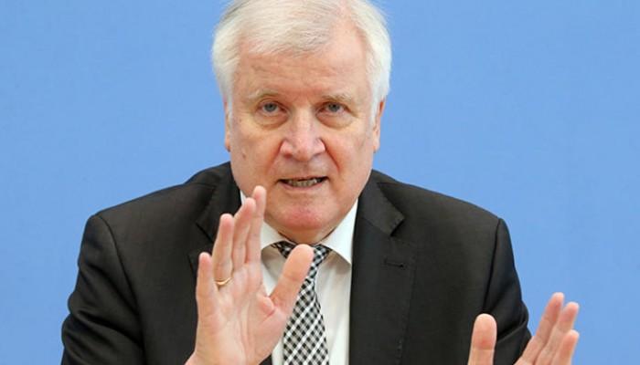 Almanya İçişleri Bakanı'ndan önemli açıklamalar